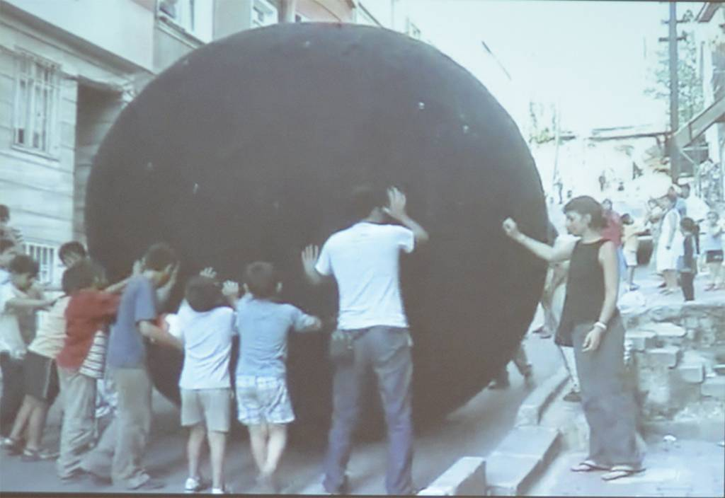 Yvonne Dröge Wendel, Black Ball, 2000-now